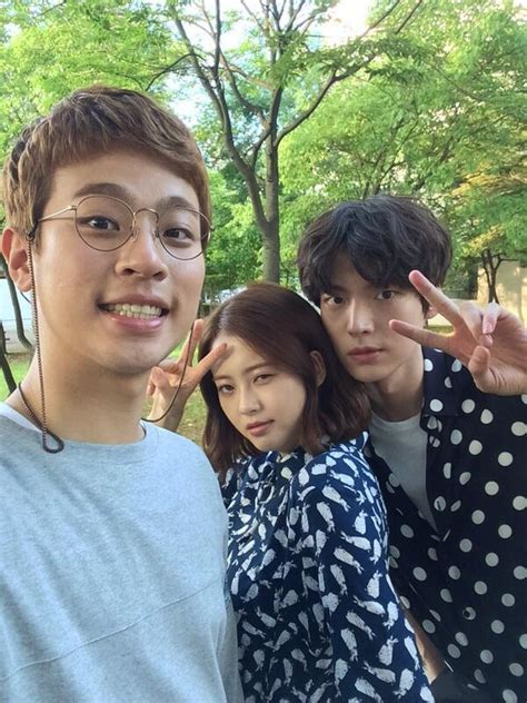 Go Ara's 2nd Tweet and Selca with Message | Lee Seung Gi