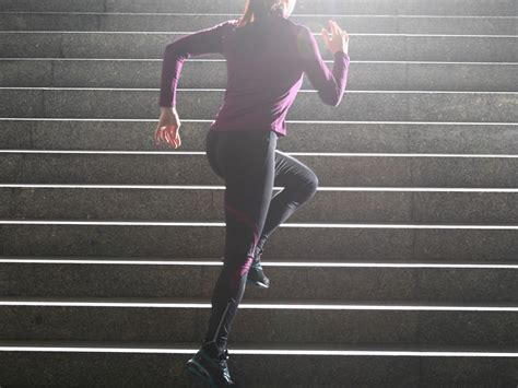 Simple workouts: Climb stairs to stay in shape » mobiefit